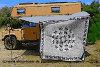 Indischer Wandbehang als Sonnenschutz